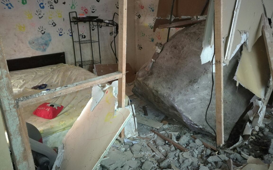 Casas dañadas por terraplén en Puntarenas
