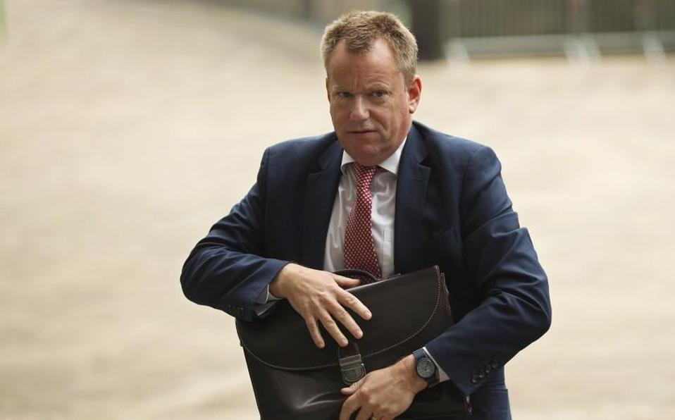 El negociador británico para el Brexit, David Frost, llegando a la sede de la Unión Europea en Bruselas, lunes 7 de octubre de 2019. | AP