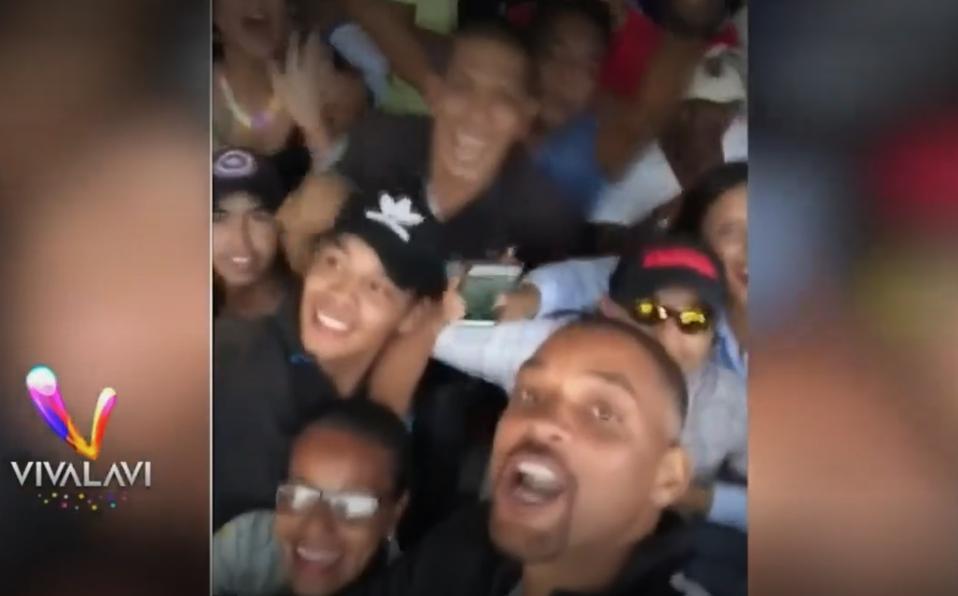 (+VIDEO) Will Smith en Colombia y no precisamente cantando vallenato