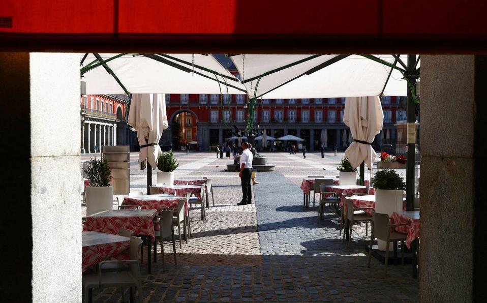 Madrid, el punto más caliente del virus en Europa, se dirige al confinamiento parcial