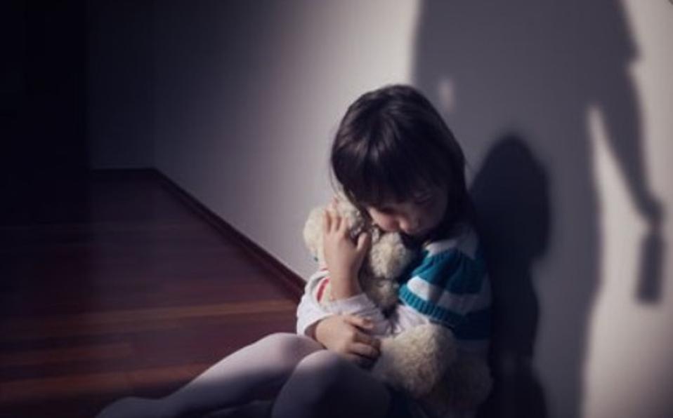 El hombre aprovechaba que la mamá de la menor salía a trabajar, para cometer las violaciones. (Foto: IIustrativa)