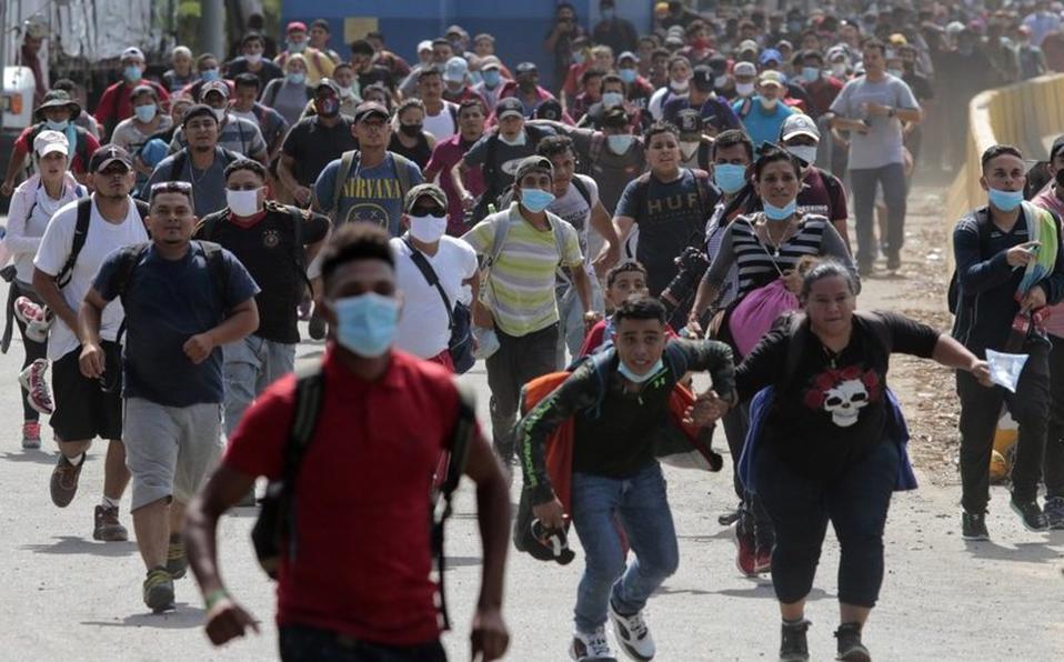 Las autoridades guatemaltecas tenían planeado llevar un registro e inspección de aquellos que cruzaban la frontera, pero el grupo pasó por Corinto sin