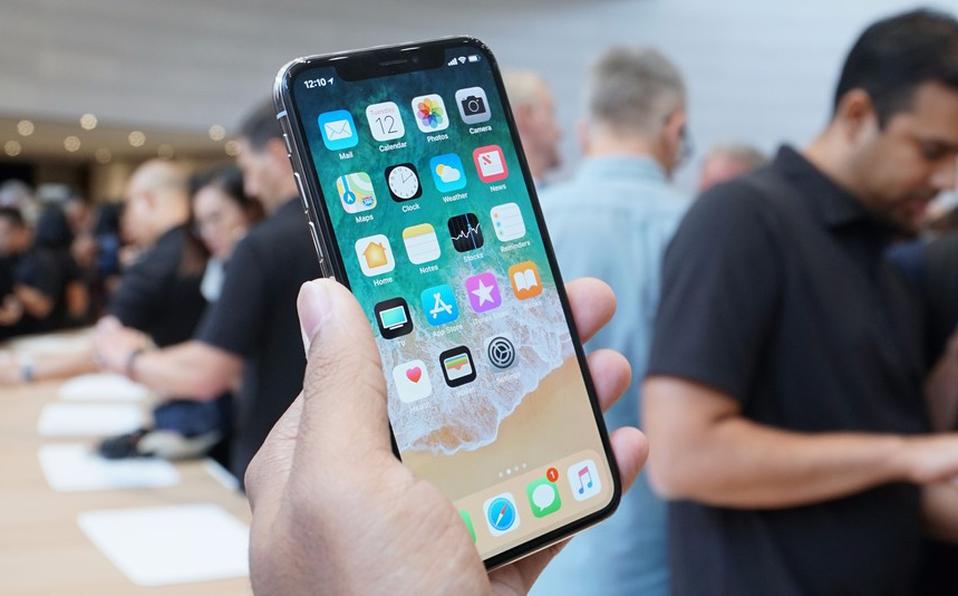 El nuevo teléfono sería mas pequeño que el actual. (Foto: ARCHIVO)