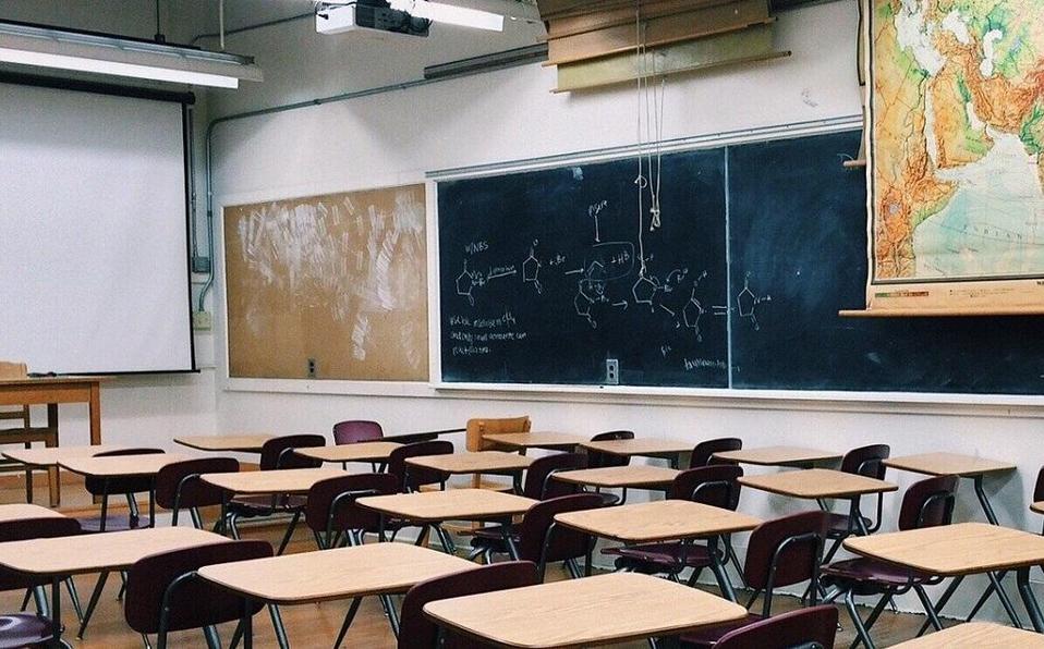 Aplaza Nueva York inicio de semestre escolar por pandemia