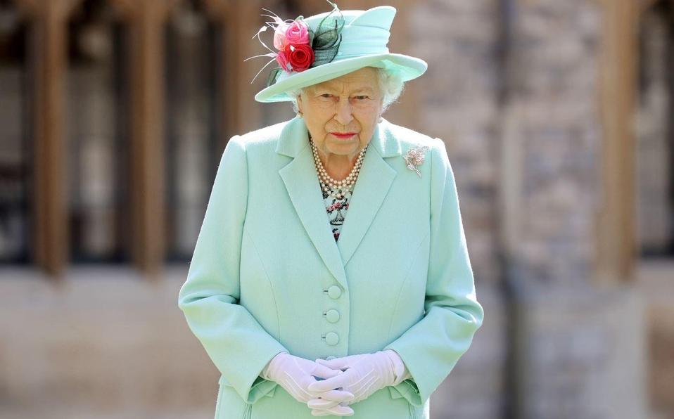Reina Isabel cancela grandes eventos de palacio por el resto del año
