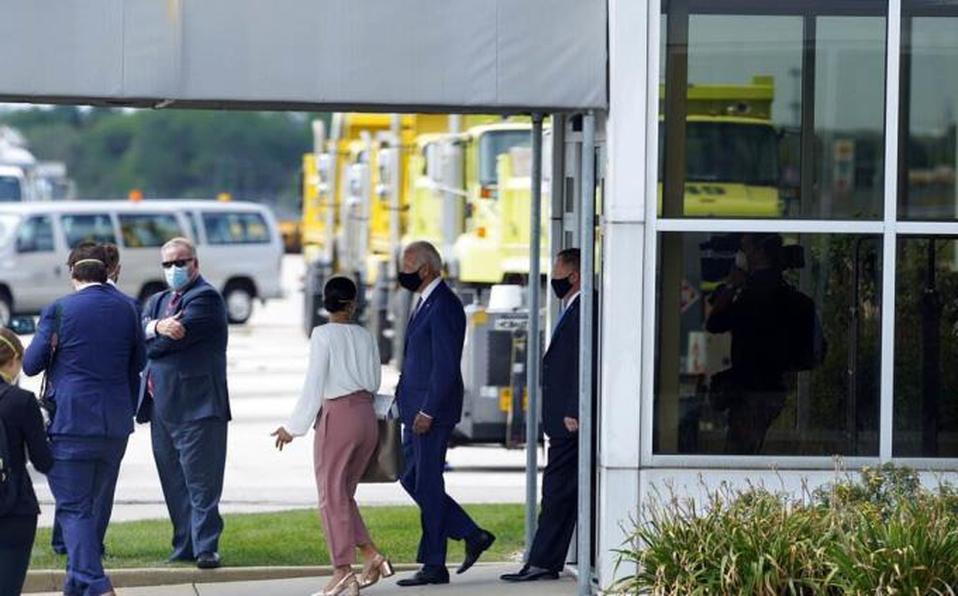 Biden se reúne con la familia de Jacob Blake en viaje a Wisconsin