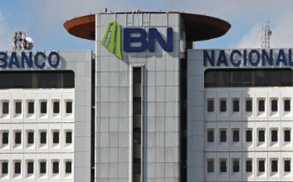 Allanan asociación de empleados del Banco Nacional