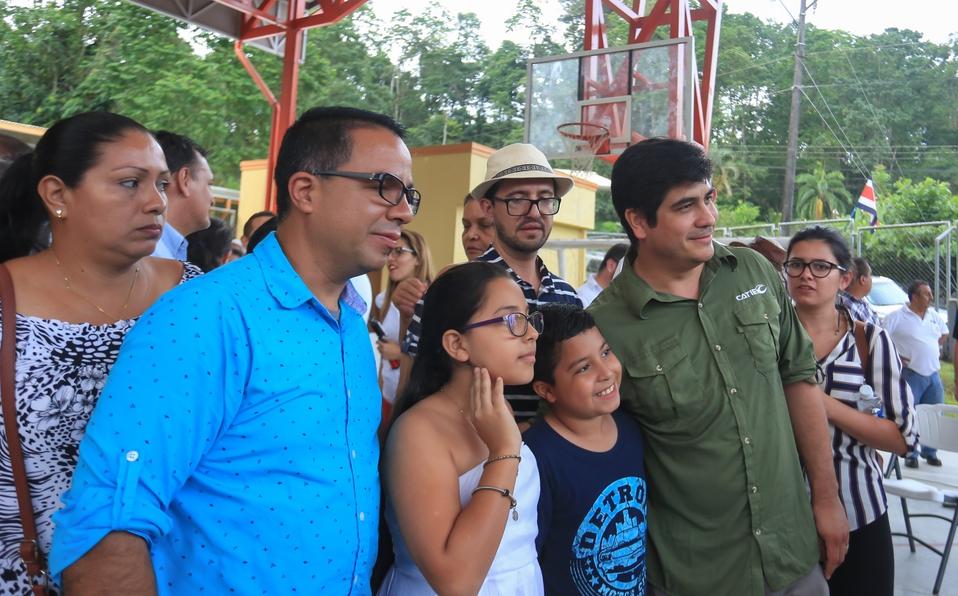 Puente que el presidente Alvarado prometió sobre el Río La Estrella, avanza en un 80%