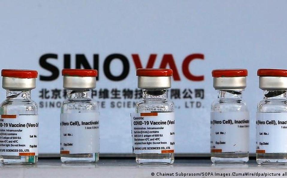 Comisión Nacional de Vacunación nocomprará vacuna Sinovac