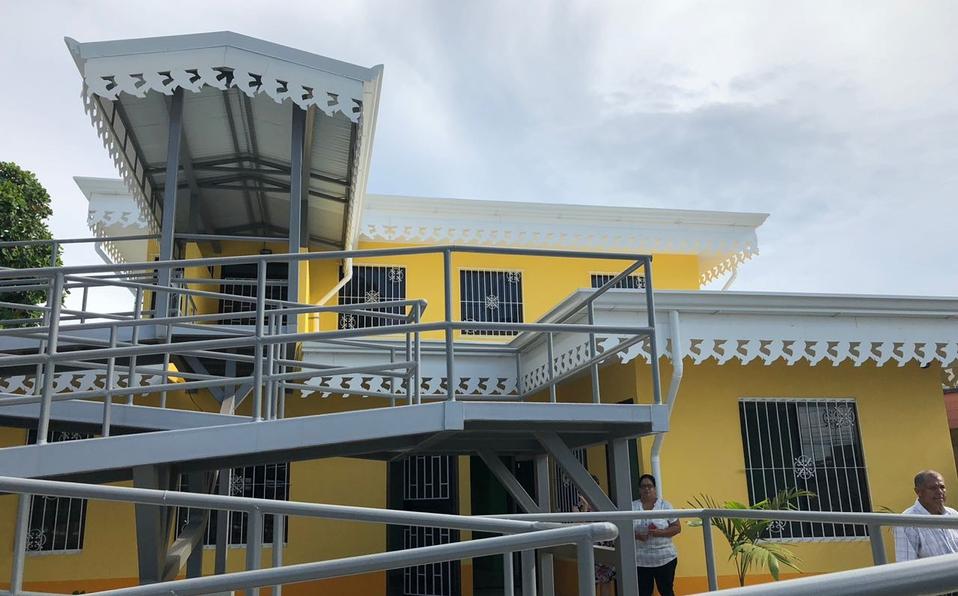 Entregan albergue para familiares de pacientes indígenas del Hospital Tony Facio
