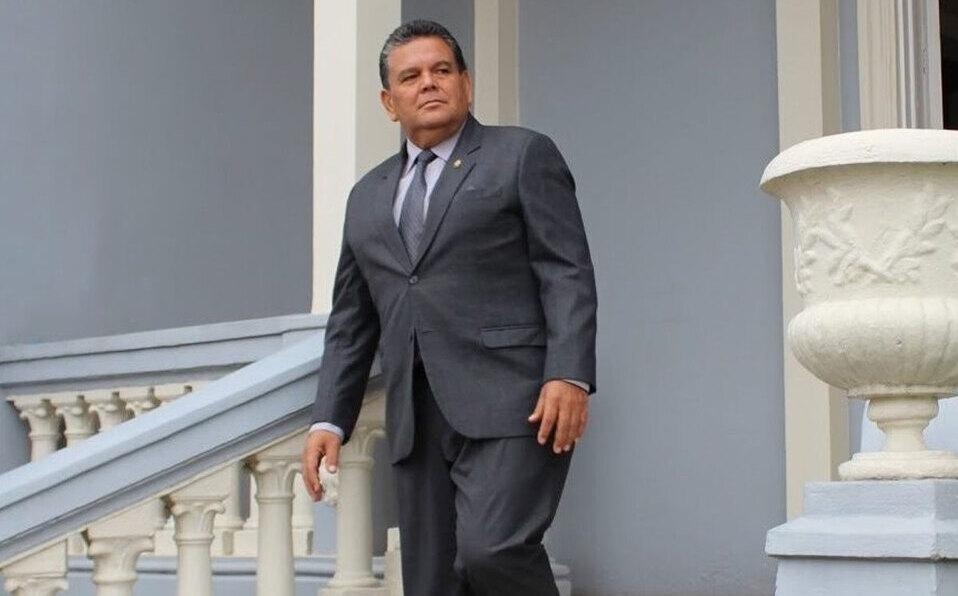 Diputado socialcristiano Rodolfo Peña delicado por covid-19