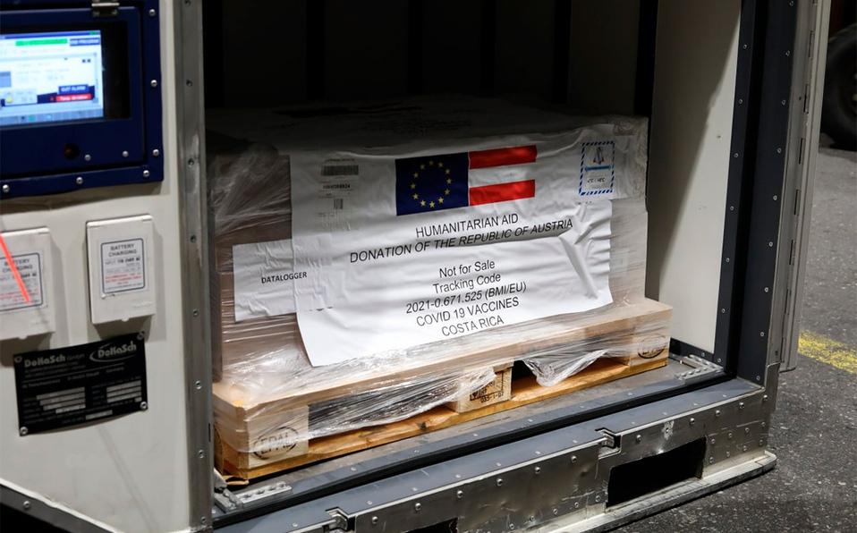 Ingresaron 50.000 dosis. Se trata de la cuarta donación hecha por otros gobiernos a Costa Rica. (Foto: Presidencia)