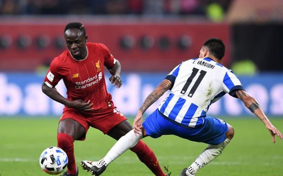Figura del Liverpool, con COVID-19