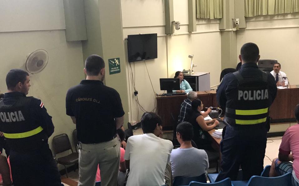 Condenan a cinco años de cárcel a hombre que agredió policías en San Carlos