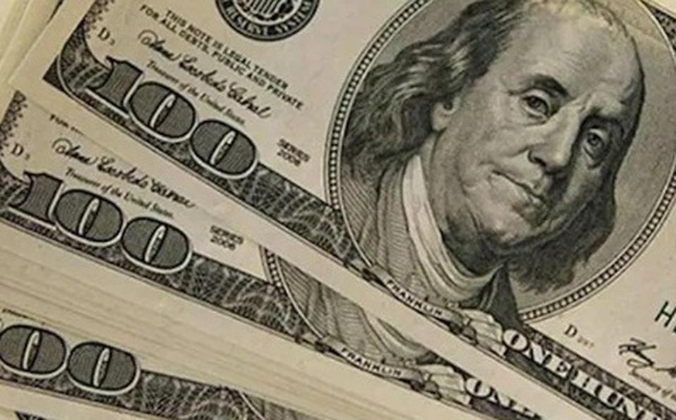 Expertos consideran que el precio del dólar en los niveles actuales es algo que permanecerá hasta noviembre. (Foto: Archivo)