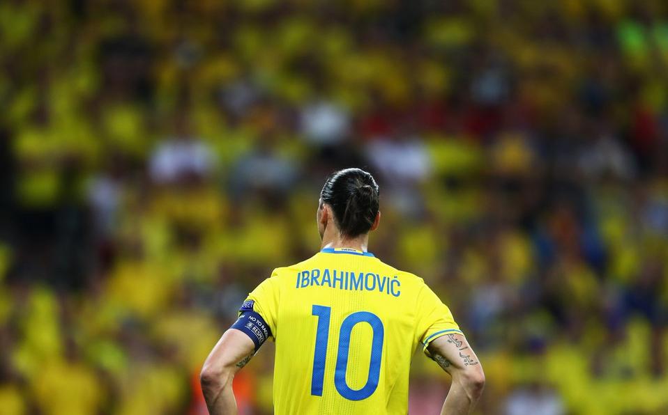 Zlatan descarta jugar el Mundial, dice federación de Suecia
