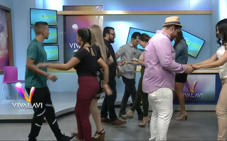 (+VIDEO) Aprenda a bailar swing criollo de forma sencilla