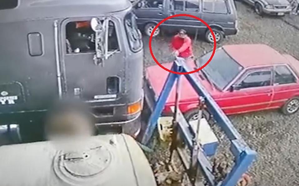La víctima era empleado de un taller mecánico. (Foto: Captura)