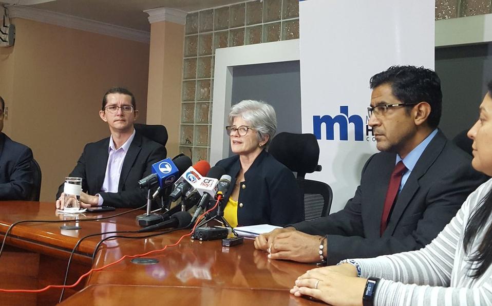 """Ministra de Hacienda sobre reforma: """"Distribuye lo mejor posible las cartas"""""""