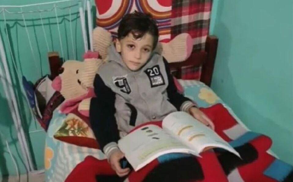 El menor fue drogado, introducido en una maleta y arrojado al río por su propia madre. (Foto: Cortesía)