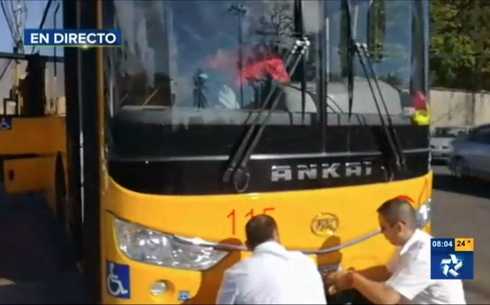 Bajan Placas Bus Heredia