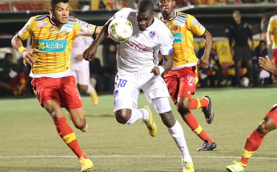 Herediano le ganó al único hondureño que enfrentó por CONCACAF